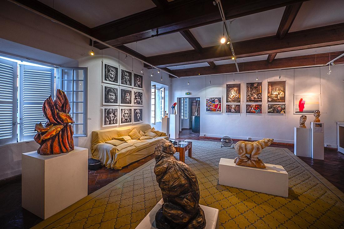 Les sculptures de Willy Niodo qui ont habillé ma salle d'exposition...